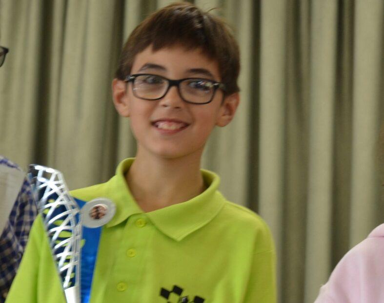 Pol Blasco amb un 8 de 8 guanya el 1er. torneig del curs.